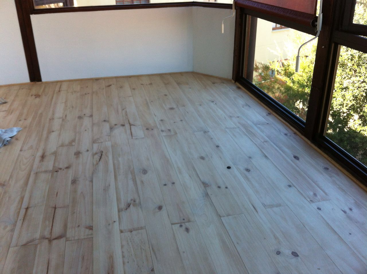 decking floors contractors in mossel bay