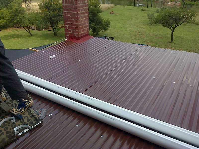 handyman-Fanus-sink-roof-install-garden-route-complete